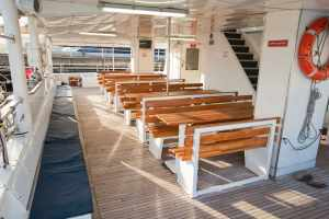 Main Deck Outside Seating (undercover)